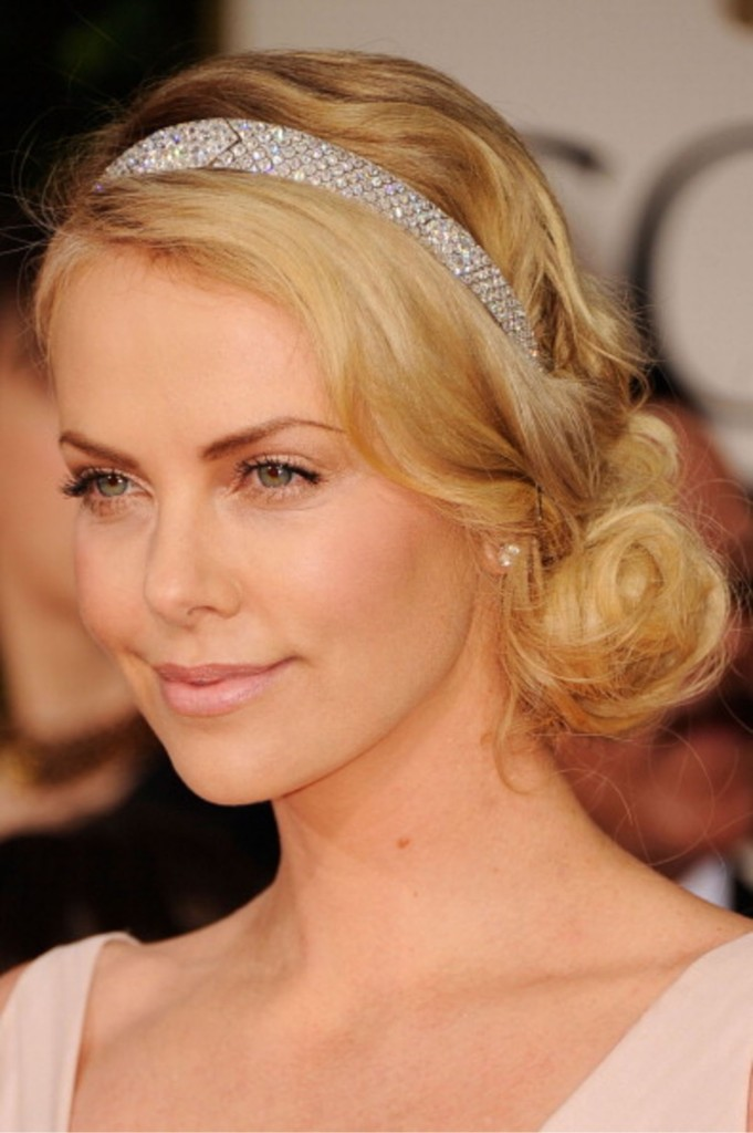 charlize-theron-headband-main